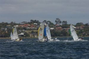 Shy Reach lap 3 Race 4 to Wing Mark