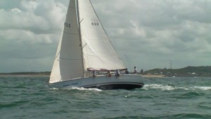 Delher Magic - Upwind into Mackay Chop